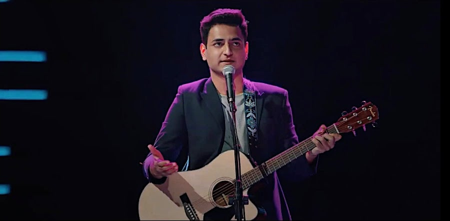 Kenny Sebastian with Fender Guitar Netflix Special - Top 5 Best Guitar Brands in India - Which is the Best? (2020)