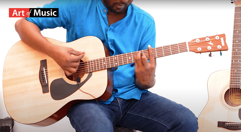 Yamaha Guitar - Yamaha F310 Guitar Review - Best Beginners Guitar India (2020)